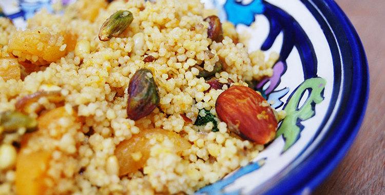 Couscous met noten en abrikoos